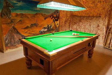 Radeka Down Under Coober Pedy Underground Accommodation Pool Table